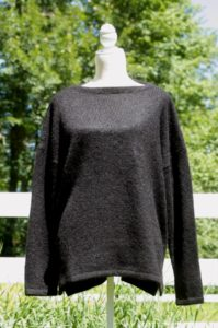 Pure Suri Relaxed Pullover in Black