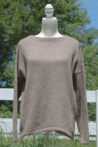 Pure Suri Alpaca Relaxed Pullover in Rose Grey