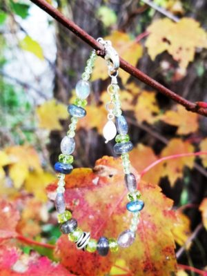 Labradorite, Peridot and Quartz Gemstone Bracelet