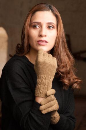 Pure Baby Alpaca Gloves in Ca,mel