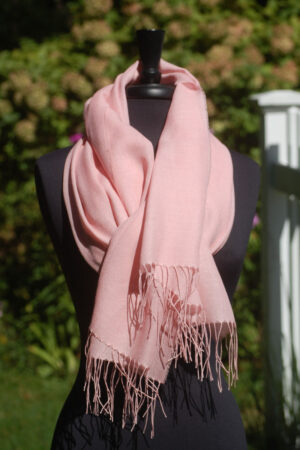 Baby Alpaca And Silk Luxury Pashmina In Light Pink