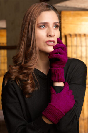 Women's Pure Baby Alpaca Gloves in Wine Color