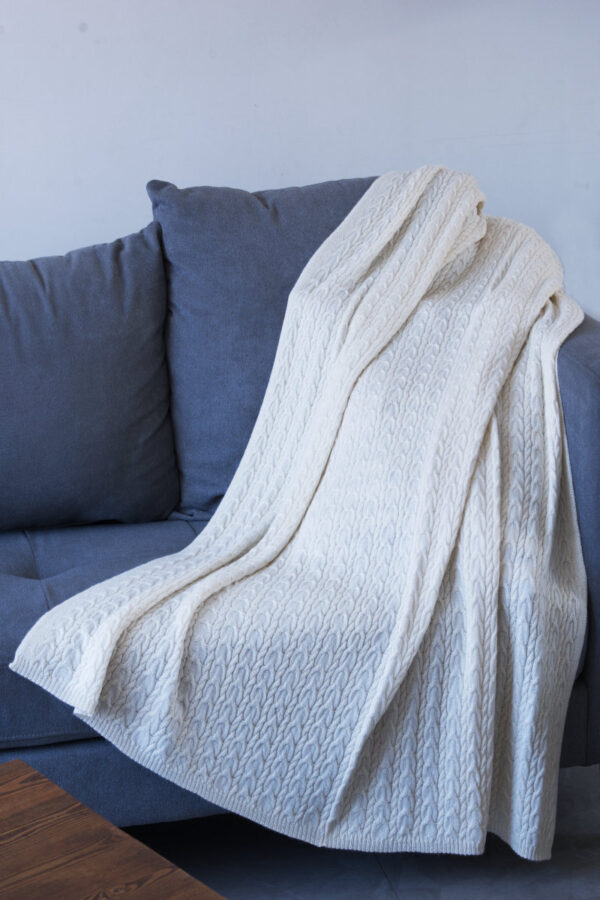 100% Pure Baby Alpaca All Natural Cable Throw In Cream